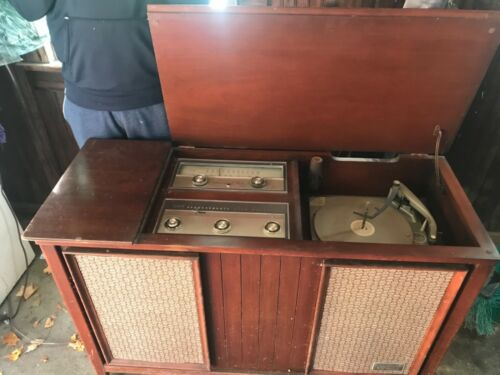 Vintage stereo console on Shoppinder