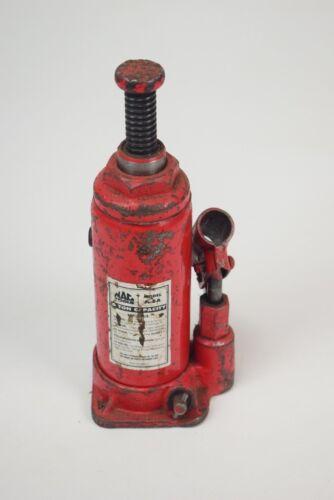 Vintage hydraulic jack on Shoppinder